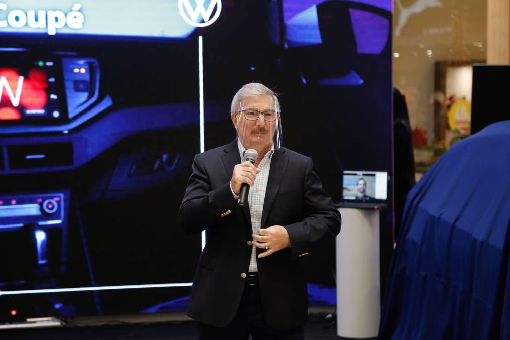 Miguel Carrizosa se mostró feliz de volver a realizar una presentación de manera presencial. Foto: Cristóbal Núñez.
