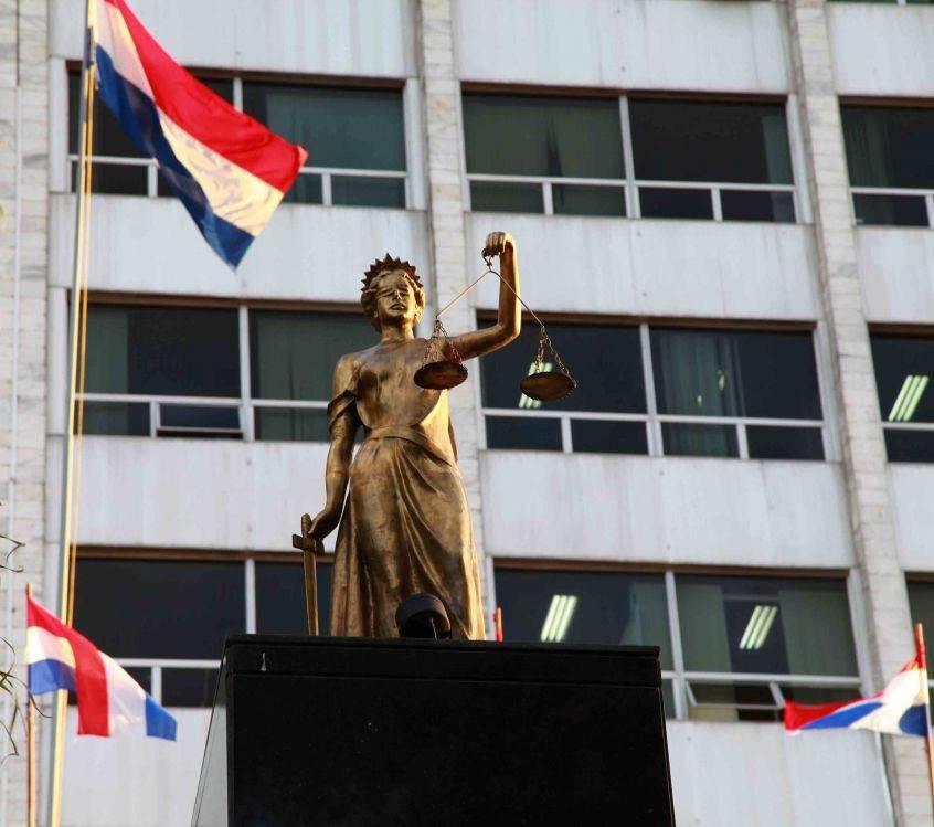 El ministro de la Corte, Manuel Ramírez, solicitó saber dónde se generó la mora judicial en 30 causas que fueron declaradas prescriptas. Foto: Gentileza.
