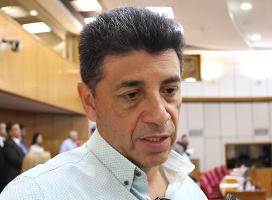 VÍCTOR RÍOS - Senador del PLRA