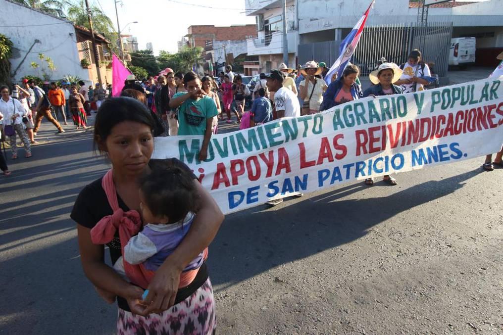 Miembros de gremios campesinos se encuentran en Asunción movilizándose. Foto: Pánfilo Leguizamon.