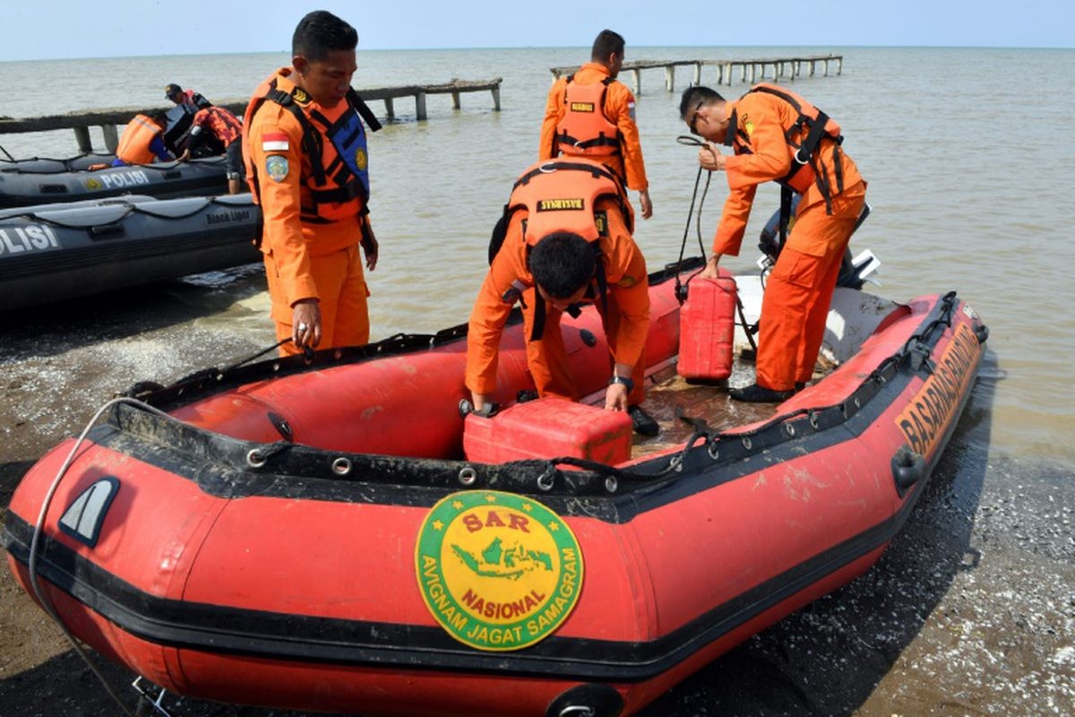 Se estrelló un avión con 188 personas a bordo — Tragedia en Indonesia