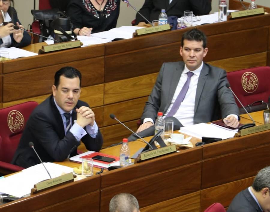 Rodolfo Friedmann, junto con el senador Sergio Godoy.FOTO:ARCHIVO