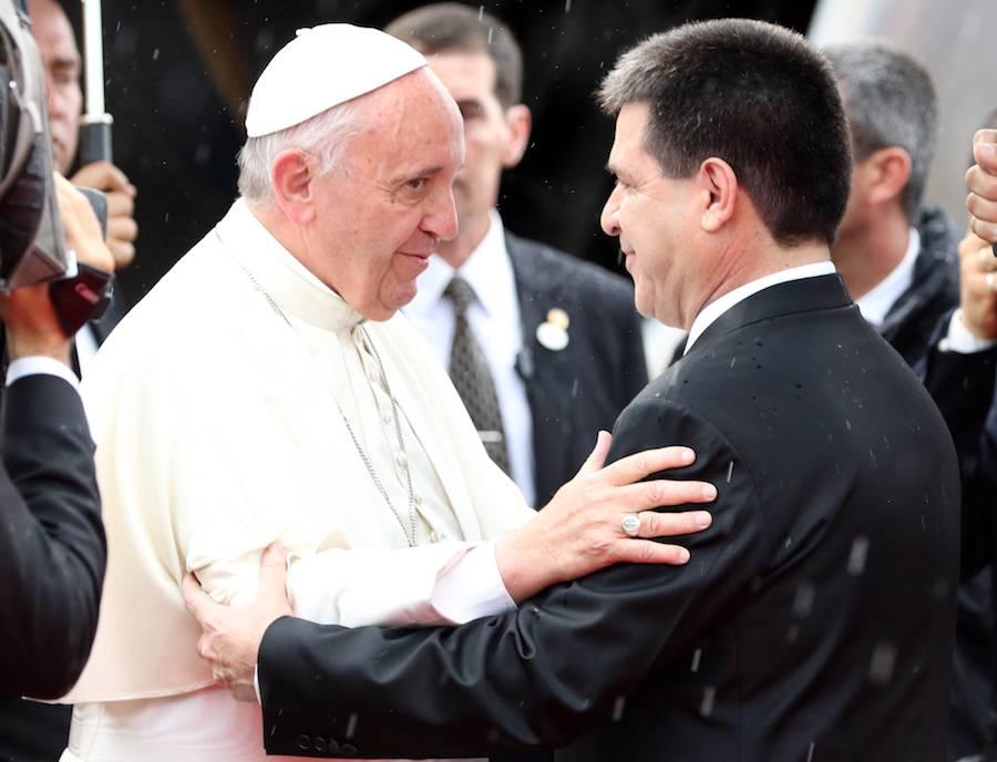 Cartes y el Papa han mantenido siempre una relación cordial.FOTO:ARCHIVO