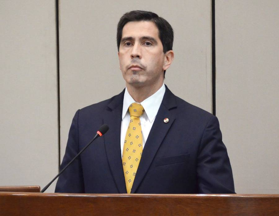González, de ser asesor presidencial, fue como canciller y posteriormente como director interino en Itaipú. Ahora retorna como asesor.FOTO:ARCHIVO