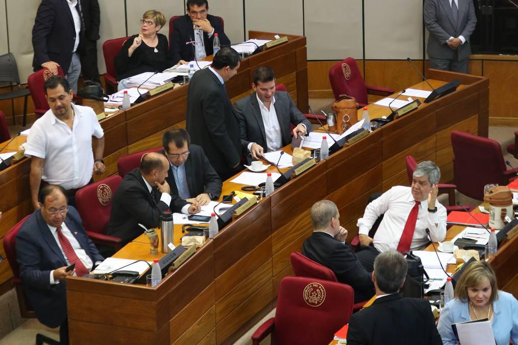 El Senado postergó sin fecha el tratamiento de la pérdida de investidura de Rodolfo Friedmann. (foto: archivo)