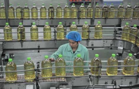 El aceite de contrabando mueve cerca de US$ 49 millones al mes, según la Cappro. FOTO: ARCHIVO.