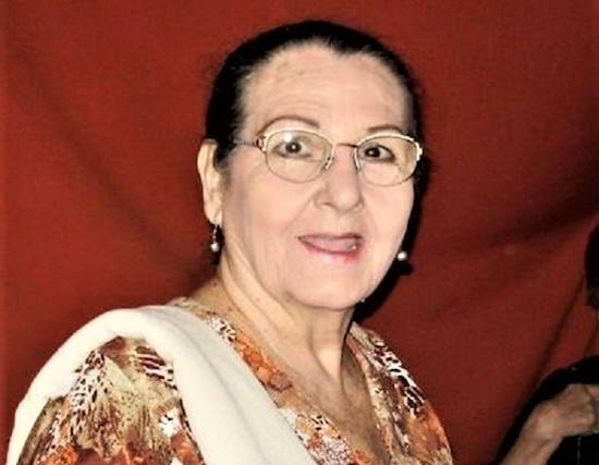Gran actriz del teatro paraguayo actuando en varias compañías teatrales y diferentes obras, todas con gran suceso.